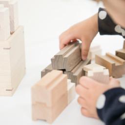 思い出のおもちゃ、お別れしなくちゃいけない? ―木工家具職人さんから学んだこと